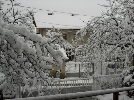 Снежна Кладница в средата на Април месец